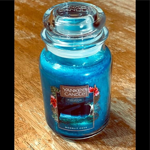 Yankee Candle Moonlit Cove Large Jar 22 oz Candle